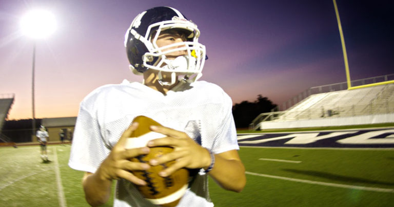 Smithson Valley QB Josh Adkins Verbally Commits To New Mexico State